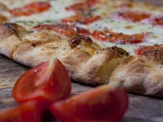 mangiare la pizza durante la dieta?