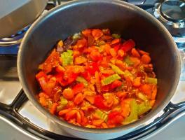 il soffritto di verdure e pancetta